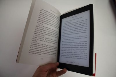 Picture Kobo Aura and a book