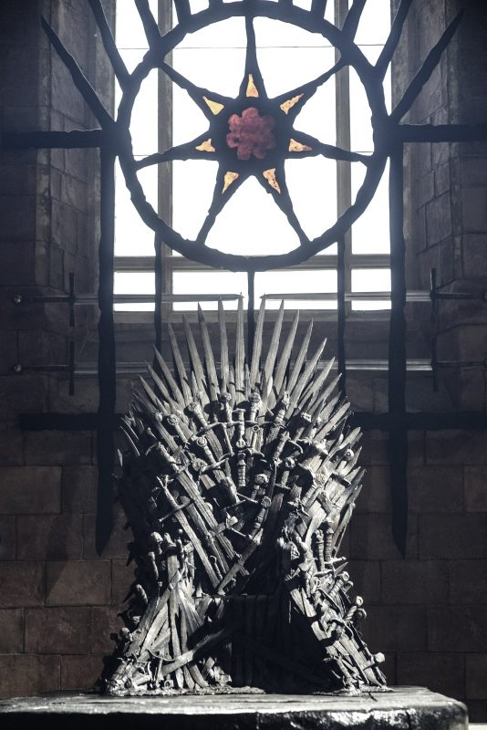 Picture Iron Throne