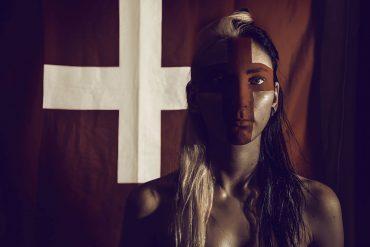 Shadow and Bone by Leigh Bardugo