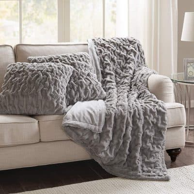 extra fluffy and soft faux fur pillow and blanket set
