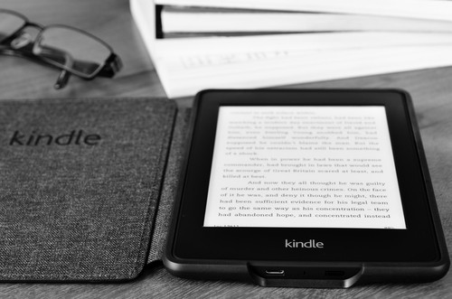 kindle paperwhite - best to buy in 2020