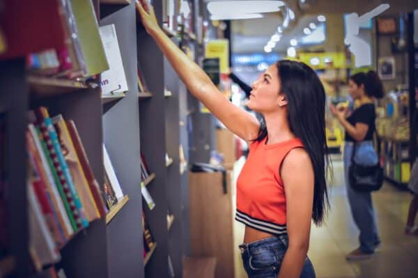 5 Best Websites to Buy Textbooks Online